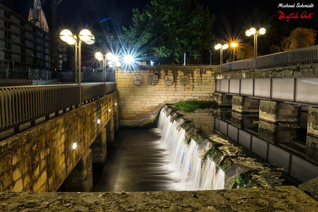 night-waterfall
